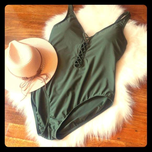 feb2942cce7cf Ellen Tracy Other - Ellen tracy olive green bathing suit
